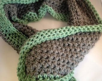 Green crochet scarf, neck warmer, chunky crochet scarf, grey scarf, gift for women, teenager gift, gift for her