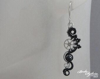 gear steampunk earrings - silver & black earrings, steampunk jewelry, steampunk dangle earrings, silver steampunk jewelry, elegant steampunk