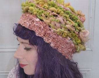 Green slouchy hat, woman crochet beanie, spring beanie, made of hand spun yarn, green and pink, made in Canada