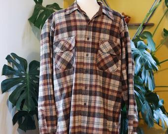 mens VINTAGE PENDLETON button down shirt / size LARGE long / pure virgin wool / brown plaid
