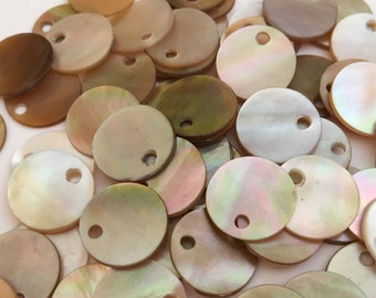Pretty Shell Charms, Shell Disc Brownlip -10pc