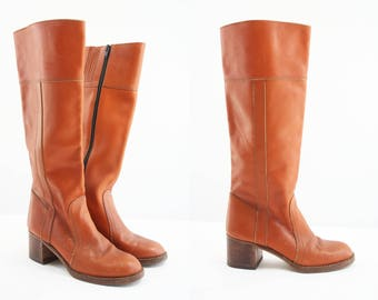 Size 7.5 / Brown Leather / Vintage Boots / Women's / Tall / 70's / Retro / Made in Brazil