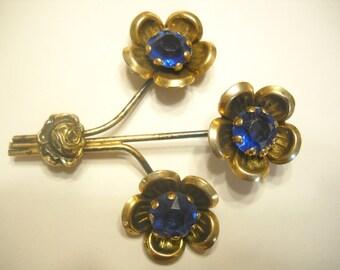 Vintage BRIGHT BLUE CRYSTAL Brooch (1581)