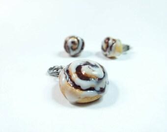 Cinnamon Roll Charm, Cinnamon roll earrings, Cinnamon roll Necklace, Food Charms, food necklace, Miniature Food Jewelry, Breakfast Jewelry