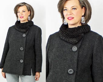 1960s Coat / 60s Coat / Wool Coat / Short Coat / Mod Coat / Sheepskin Collar / Black Gray Coat / Short Wool Jacket / 1960s 60s Jacket / B 42