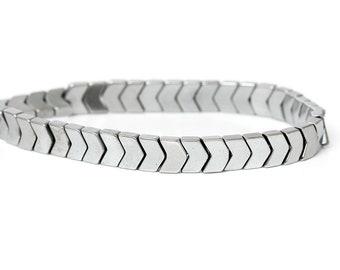 20pcs 6 x 5mm Chevron Arrow Hematite Beads Arrow Silver 6.0mm (SC3406)