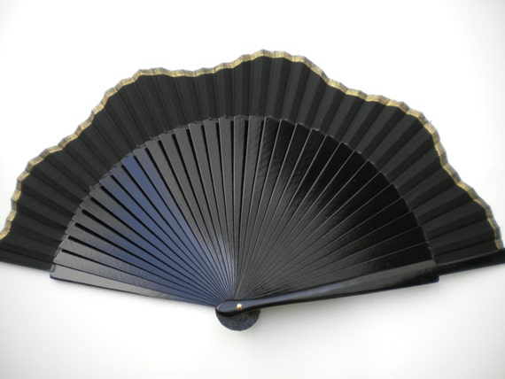 Black and Gold Scalloped Hand Fan