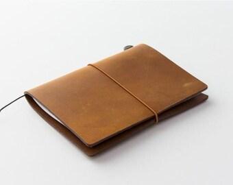 Traveler's Notebook (Passport Size) Starter Kit (Camel Edition)