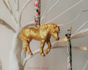 gold horse decorations choice of ribbon horse tree ornaments animal christmas decorations - Horse Christmas Decorations