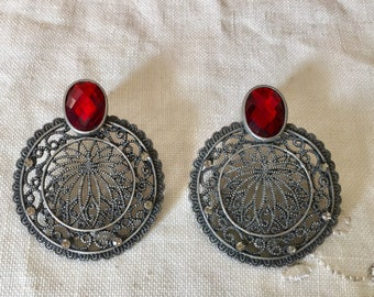 Vintage austrian glass and silver metal filligree  earrings