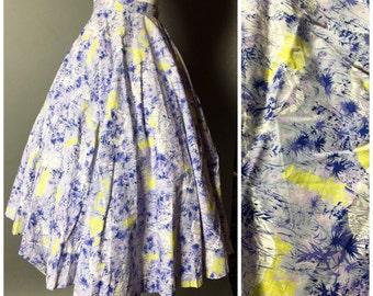Vintage 50s skirt / 1950s skirt / novelty print skirt / circle skirt / cotton skirt / japanese print skirt / 6021