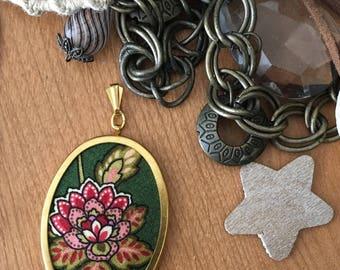 Floral Pendant
