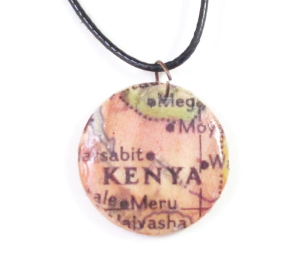 Wooden handmade map necklace - Africa
