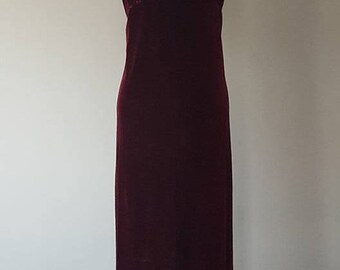 1X Gown / Deep Cabernet Red Velvet Long Dress / Gown / Nightgown / Vintage / Extra Large / Plus Size