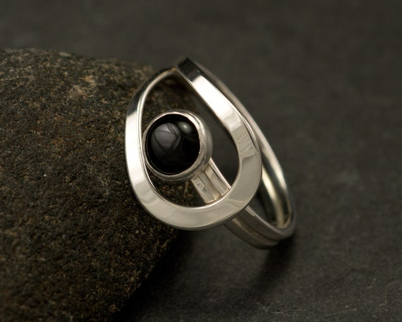 Black Onyx Ring- Black Stone Ring- Sterling Silver Ring- Silver Stone Ring- handmade modern silver jewelry- black onyx