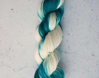 Sea Turtle, Hand Dyed Yarn, Knitting Yarn, Superwash Merino Wool, 100g/231 yards