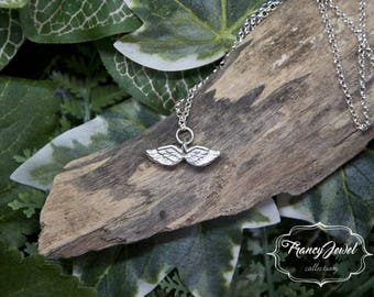 Angel wings necklace, dainty angel necklace, angel wing jewelry, memorial necklace, bridesmaid gift, wedding gift, bridal jewelry, birthday
