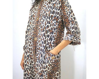 Vintage Clothing • 1950's Women's Clothing • Nightgown / Housedress • Animal Leopard Print • Fleece • Valentines Day • Gifts for Her •