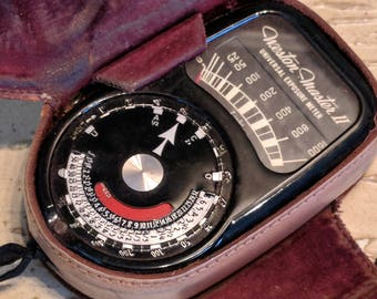 Vintage Weston Electric Instrument Corporation Newark, NJ Model 735 Weston Master II 2 Universal Camera Exposure Meter Original Leather Case