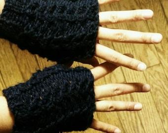 Hand-knit fingerless gloves - Navy