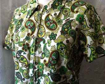 35% off Sale 1960 Green paisley shirt dress medium