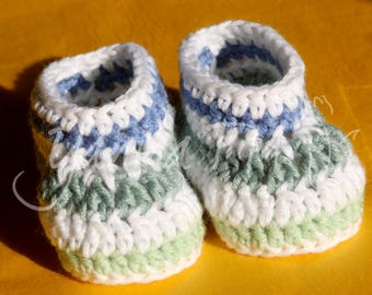Crochet baby booties in white, blue & green, 0-3 months