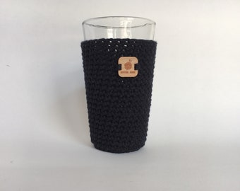 Pint Glass Sleeve, Black - beer cozy - pint glass cozy - crochet cup sleeve - cold cup sleeve cold beverage sleeves