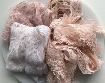 Antique Lace - Whisper Pink