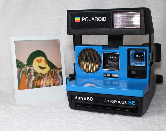 Polaroid 660 AutoFucus SE Upcycled Blue - Cleaned, Tested and Ready for Fun