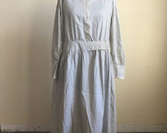 Antique early 1900s white and black calico farm dress