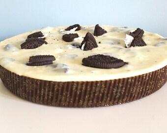 White chocolate & Oreo Fudge Pizza