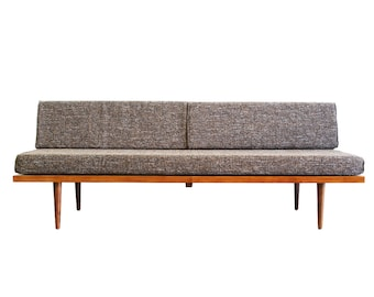 """Mid Century Modern Daybed (""""Classic Daybed"""")"""