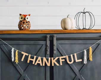 Thankful banner with tassels