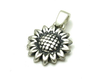 PE001090 Sterling silver pendant  solid 925 Sunflower