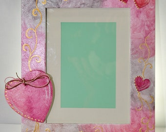 picture frame-wooden picture frame-wooden element-heart-acrylic colors-hagiography powder-spray-girl-anniversary-valentines day-for a couple