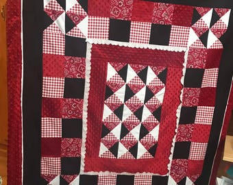 Baby Quilt Throw red black white soft MINKY