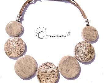 Collier lentilles  bois gris sérigraphie mer blanc nacré en pâte polymère fimo Fait main bijou féminin artisanat français