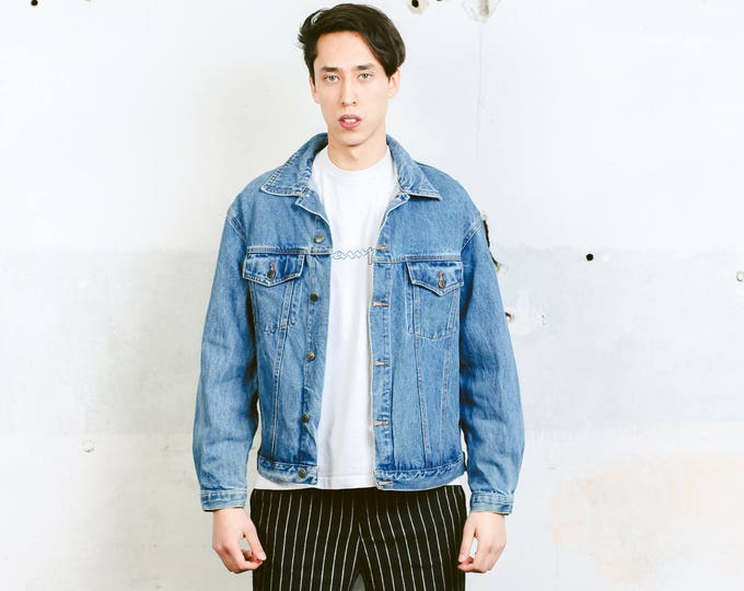 Vintage Denim Jacket . Men's Distressed Trucker Jacket Medium Wash 90s Jean Jacket Blue Grunge Jacket Outerwear Boyfriend Gift . size Large