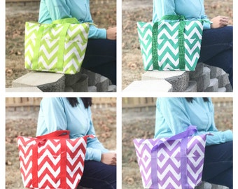 Monogrammed Lunch bag, Orange White Chevron Bag, Chevron Lunch Bag, Orange White Bag, Insulated Chevron Bag, Monogrammed Lunchbox, Lunchbox