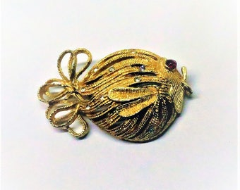 Fish Brooch - Vintage, Gold Tone, Clear and Red Rhinestone Pin