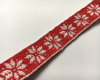 Christmas ornaments snowflake friendship bracelet macrame handwoven red
