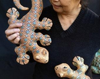 Handmade Ceramic Lizard, Lizard Wall Art, Clay Garden gecko, Southwest Art, Rustic South West Decor, Garden Gift, Patio Art, Desert Living
