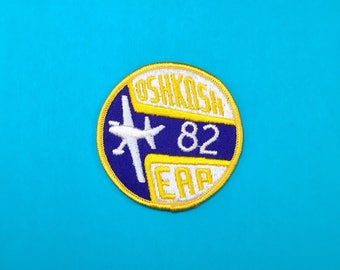 Vintage 1982 Oshkosh (EAA) Experimental Aircraft Association Convention Sew-on Patch