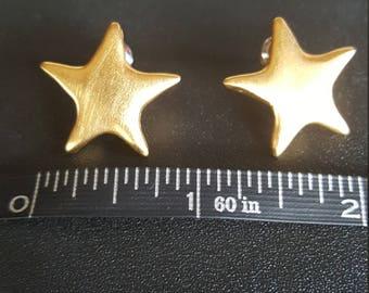 Golden Star pierced earrings