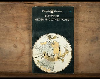 Euridipes ,Medea and other plays, Penguin books, classics, 1963, vintage