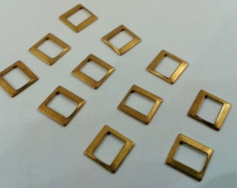 100 Pieces Raw Brass  7 x 7 mm Sqaure Findings