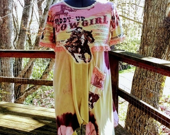 """Upcycled Women's Tunic Dress Cowgirl Motif Pixie Pocket Vintage Lace Cream Peach Brown """"I Wanna Be a Cowboy's Sweetheart"""" OOAK Unique!"""
