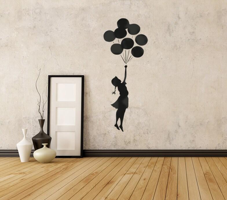 banksy schablone fliegen m dchen und ballons schablone. Black Bedroom Furniture Sets. Home Design Ideas