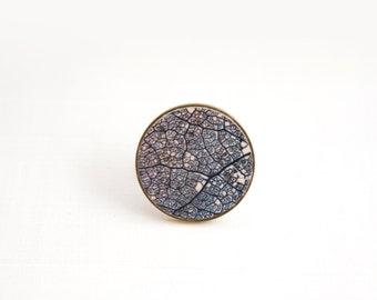 Skeleton Leaf Jewelry, Skeleton Leaf brooch, Wedding Jewelry, Contemporary Jewelry, Ceramic Brooch, Minimalist Jewelry, Gift for her, Brooch