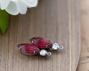 Vintage Rhinestone Charms Ruby Red Cascade Cut Navette Prong Set Rhinestone Glass Cabochon Stone Jewel Bead Pendant Drop Charm 22mm